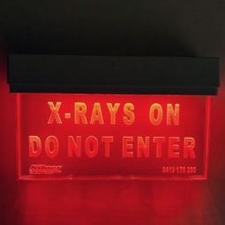 XRAY LIGHT ON